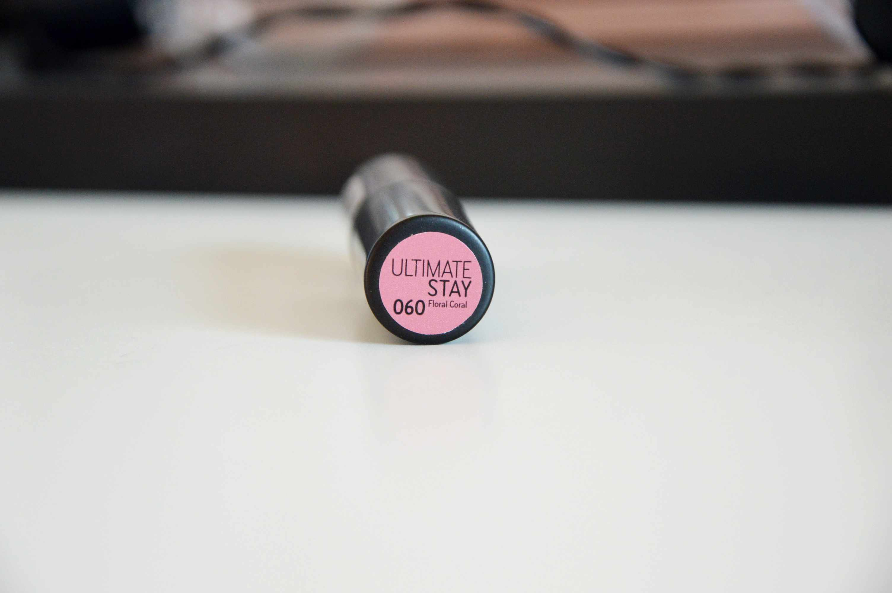 Catrice Ultimate Stay Lipstick Floral Coral