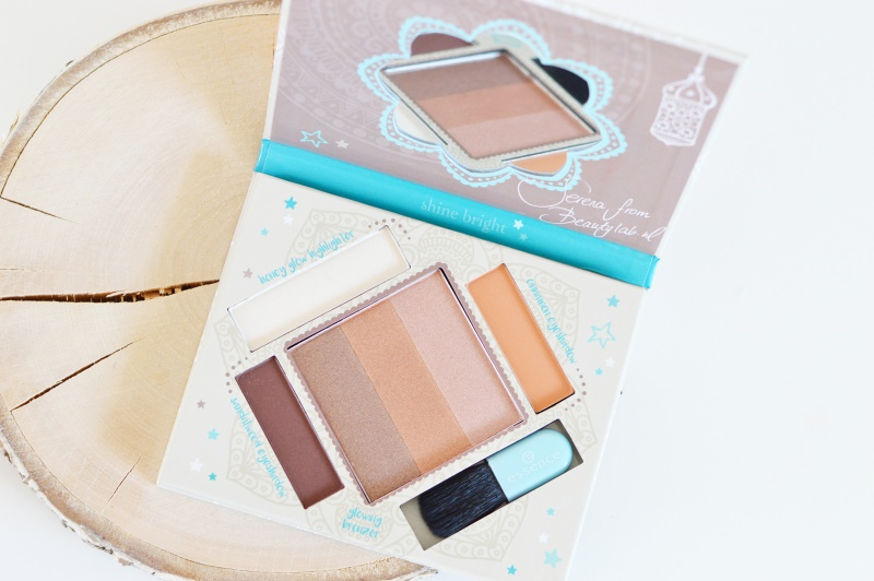 The Glow Must Go On palette
