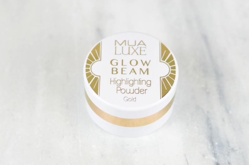 MUA Luxe Glow Beam Highlighting Powder Gold