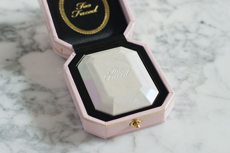 Too Faced Diamond Light Highlighter